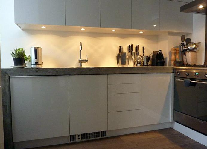 Witte Hoogglans Keuken 2012