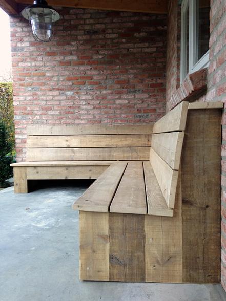 Buitenbank van steigerhout
